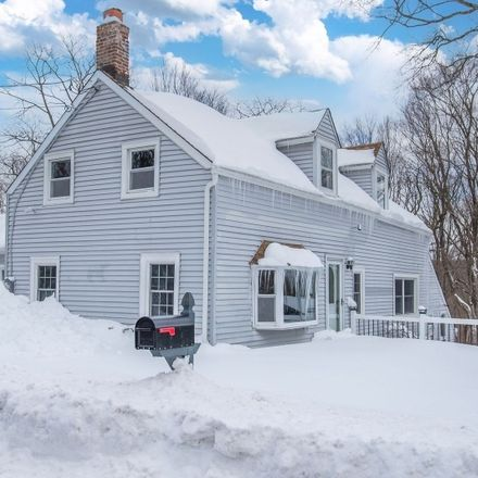 Rent this 3 bed house on Union Valley Rd in Newfoundland, NJ
