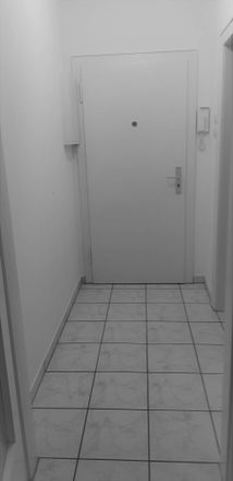 Rent this 1 bed apartment on 47137 Duisburg