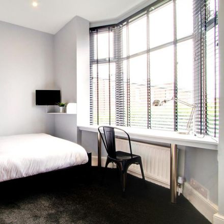 Rent this 8 bed room on Derby Road in Manchester M14 6UN, United Kingdom
