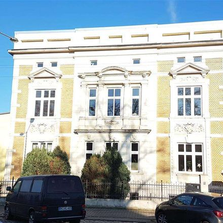 Rent this 3 bed apartment on Helmstedter Chaussee in 39130 Magdeburg, Germany