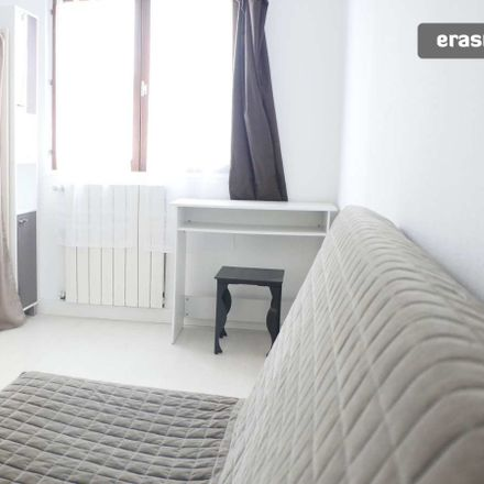 Rent this 3 bed room on 27 Rue Anselme Rondenay in 94400 Vitry-sur-Seine, France