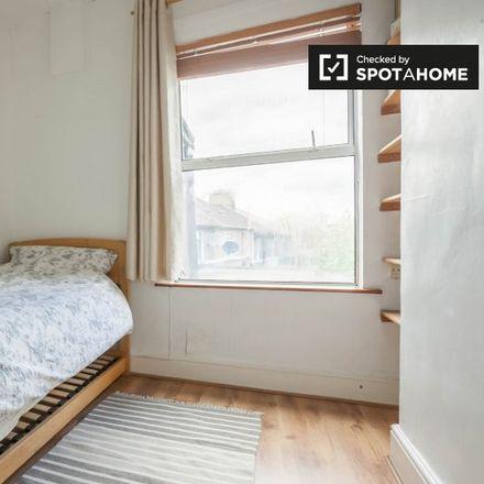 Rent this 3 bed apartment on 7 Goldenbridge Terrace in Kilmainham C ED, Dublin