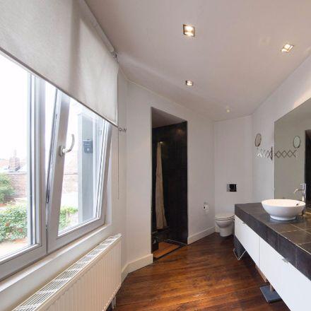 Rent this 1 bed room on Rue de la Seconde Reine - Tweede Koninginstraat 40 in 1180 Uccle - Ukkel, Belgium