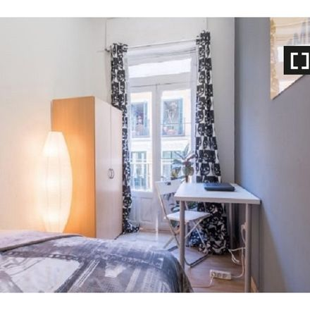 Rent this 6 bed apartment on Calle de Fuencarral in 17, 28004 Madrid