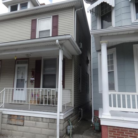 Rent this 3 bed townhouse on 206 2nd Avenue in Hanover, PA 17331