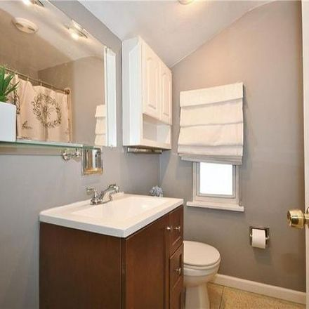 Rent this 3 bed house on 1526 Woodbine Street in Pittsburgh, PA 15201
