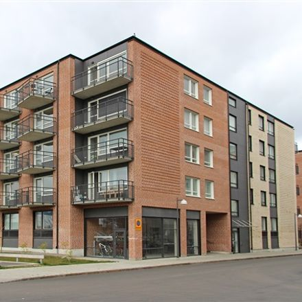 Rent this 3 bed apartment on Bryggaregatan in 252 27 Helsingborg, Sweden