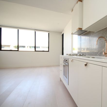 Rent this 2 bed apartment on F407/72 MacDonald Street