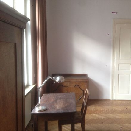 Rent this 4 bed room on Urzędnicza 41 in 30-048 Krakow, Poland
