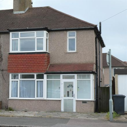 Rent this 3 bed house on Brent Lane in Dartford DA1 1RD, United Kingdom