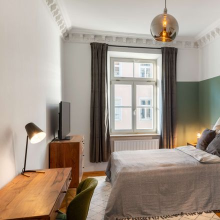 Rent this 1 bed apartment on Tumblingerstraße 17 in 80337 Munich, Germany