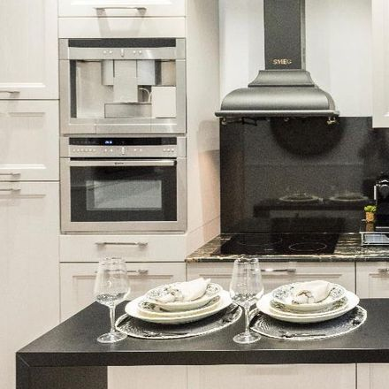 Rent this 1 bed apartment on Calle del Jardín de San Federico in 7, 28001 Madrid