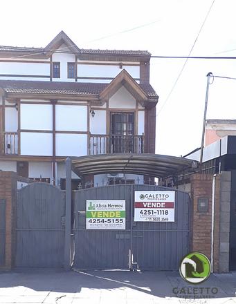 Rent this 0 bed duplex on Blas Parera 956 in Villa Armonía, B1878 FDC Quilmes