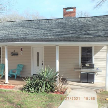 Rent this 3 bed townhouse on Confederate Ave in Lancaster, SC