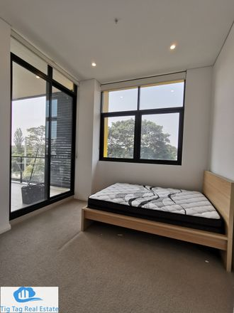 Rent this 2 bed apartment on 4208D/1 Hamilton Crescent