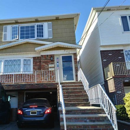 Rent this 3 bed apartment on 275 Avenue E in Bayonne, NJ 07002