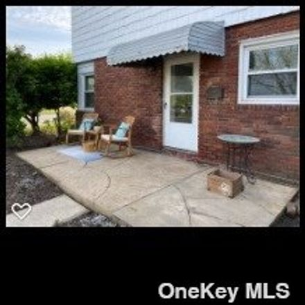 Rent this 2 bed apartment on Franklin Blvd in Long Beach, NY