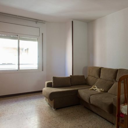 Rent this 3 bed apartment on Carrer de França in 08032 Barcelona, Spain