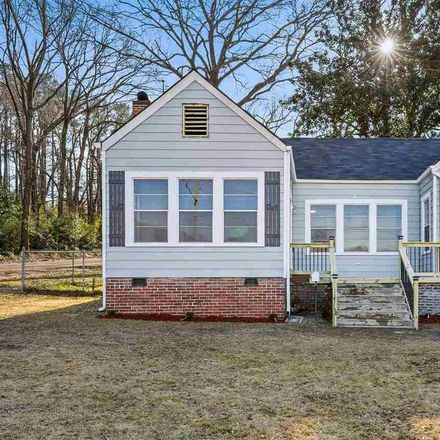 Rent this 3 bed house on 68th Street in Birmingham, AL 35228