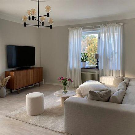 Rent this 2 bed apartment on Köpenhamnsvägen 15d in 217 43 Malmo, Sweden