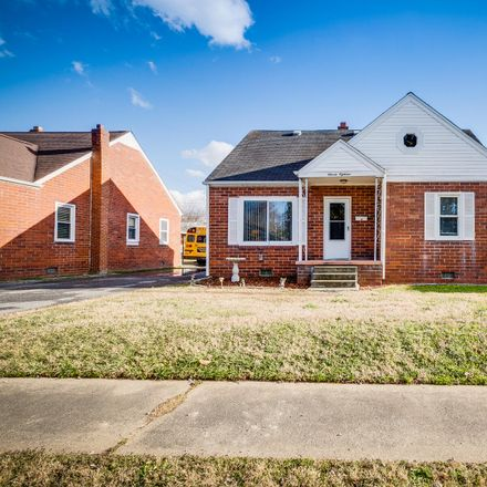 Rent this 3 bed house on 1118 Lomax Street in Kingsport, TN 37660
