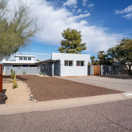 Rent this 2 bed house on 3302 East Turquoise Avenue in Phoenix, AZ 85028