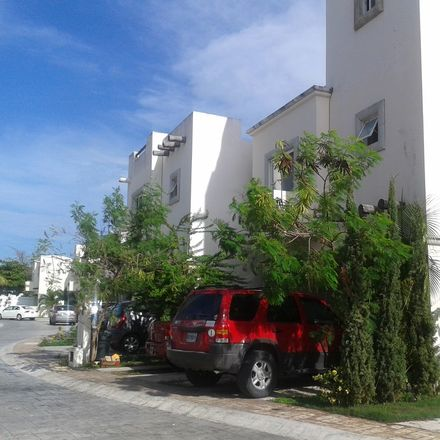 Rent this 3 bed house on Cancún in Gran Santa Fe I, QUINTANA ROO