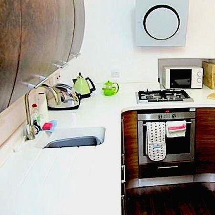 Rent this 2 bed apartment on 9B Victoria Street in Edinburgh EH1 2HE, United Kingdom