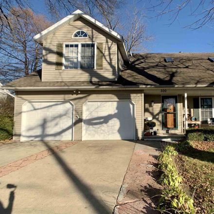 Rent this 3 bed house on 300 North Walnut Street in Rochester, IL 62563