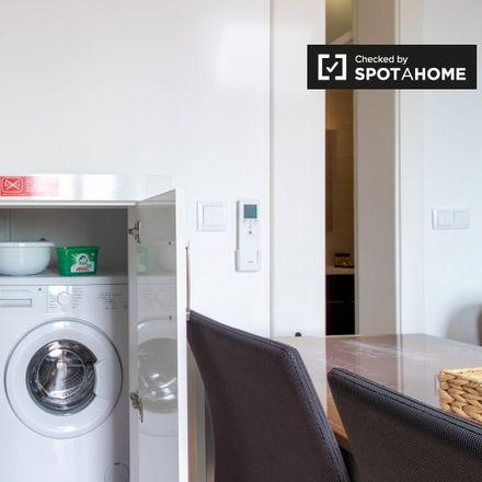 Rent this 2 bed apartment on Tasca da Preta in Campo de Santa Clara, 1100-122 Lisbon