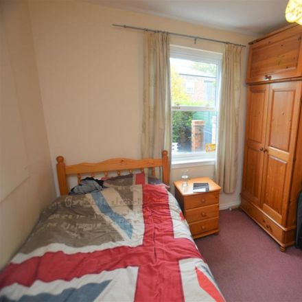 Rent this 5 bed house on 41 The Sidings in Durham DH1 1HS, United Kingdom