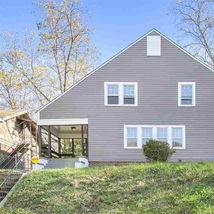 Rent this 3 bed house on 4th Avenue in Birmingham, AL 35224