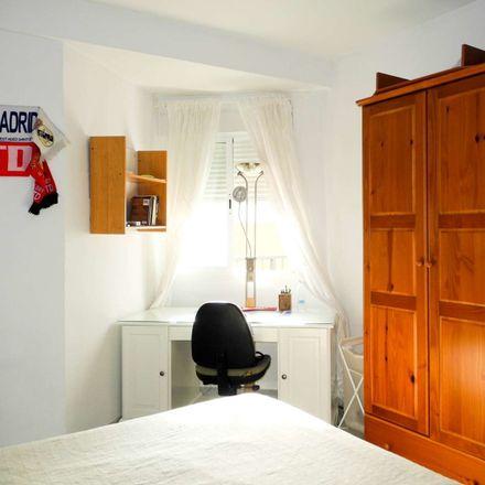 Rent this 1 bed room on Avenida Santa Cecilia in 25, 41010 Seville