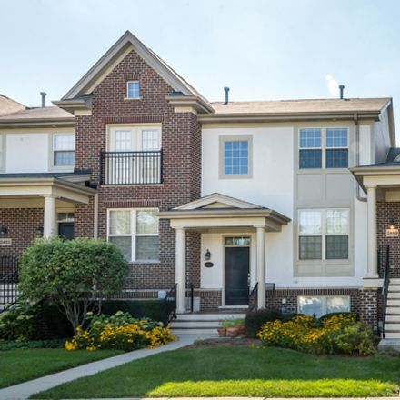 Rent this 3 bed townhouse on Waterbury Ln in Buffalo Grove, IL