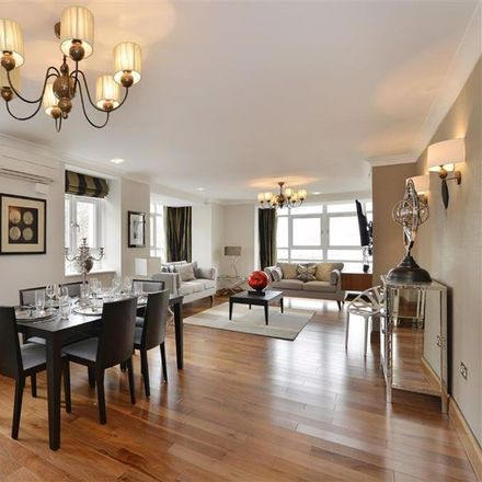 Rent this 3 bed apartment on Barrie House in Lancaster Gate, London W2 3LG