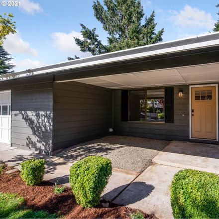 Rent this 3 bed house on 1000 Southeast 132nd Avenue in Vancouver, WA 98683