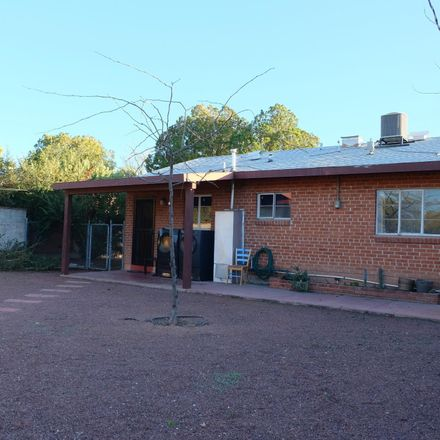 Rent this 2 bed house on 1311 East Water Street in Tucson, AZ 85719
