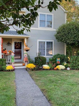 Rent this 2 bed townhouse on 4906 Applewood Circle in Town of Southeast, NY 10512