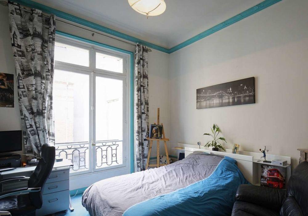 Room in 3 bed apt at Rue Blaise Desgoffe, 75006 Paris ...