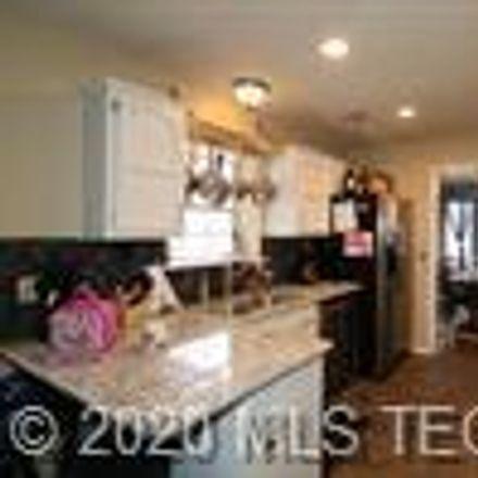 Rent this 3 bed house on 1405 West San Antonio Street in Broken Arrow, OK 74012