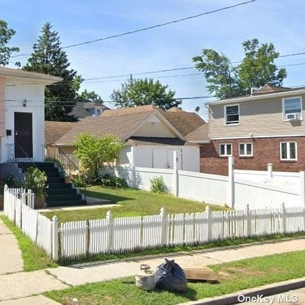 Rent this 3 bed house on 80 Pennsylvania Avenue in Hempstead, NY 11550