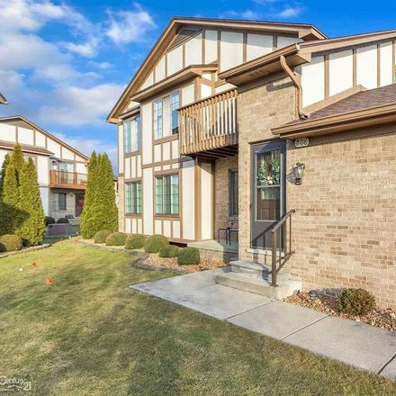 Rent this 2 bed condo on Country Club Dr in Saint Clair Shores, MI