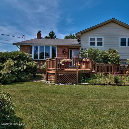 Rent this 3 bed house on Brook Ln in Moscow, PA