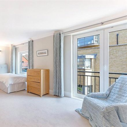 Rent this 3 bed apartment on Keepier Wharf in 12 Narrow Street, London E14 8DH