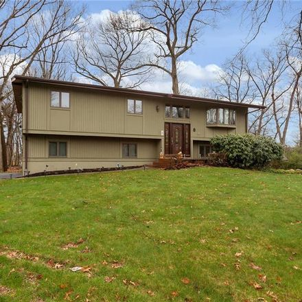 Rent this 4 bed house on 117 Smith Hill Rd in Suffern, NY