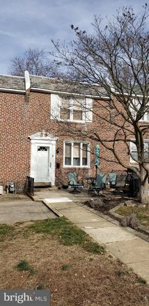 Rent this 3 bed townhouse on Hampshire Road in Upper Darby, PA 19026