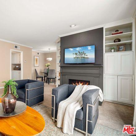 Rent this 2 bed condo on 11828 Goshen Avenue in Los Angeles, CA 90049