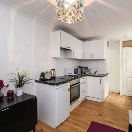 Rent this 0 bed apartment on 63 Oakley Square in London NW1 1NL, United Kingdom