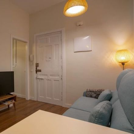Rent this 2 bed apartment on Calle del Barco in 42, 28004 Madrid