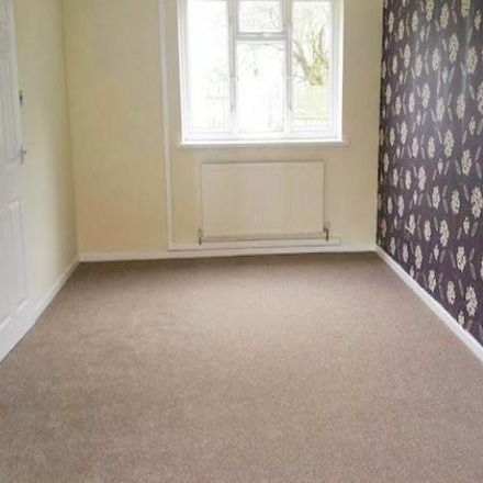 Rent this 4 bed house on Beckington Close in Kingston upon Hull HU8 9QF, United Kingdom
